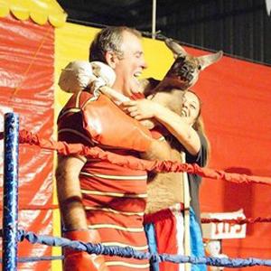 PETA Seeks to Stop Kangaroo Boxing at Costa Mesa Circus - OC Weekly (blog) | Animal Cruelty | Scoop.it