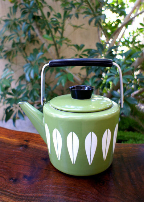 Vintage Green Cathrineholm Tea Kettle | Tea News | Scoop.it