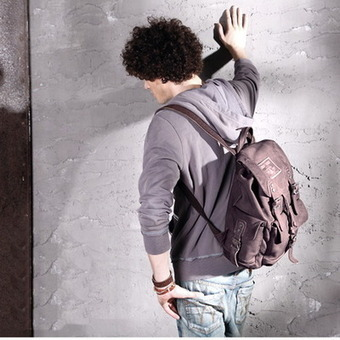 Best distressed pigskin leather weekender backpack unisex from Vintage rugged canvas bags | Collection of backpack | Scoop.it