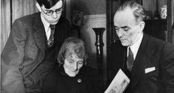 Maud Gonne autobiography fetches €5,200 in Yeats auction | The Irish Literary Times | Scoop.it