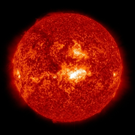 Sun Emits Mid-Level Solar Flare | Interrete | OntarioStargazing Astro Highlights | Scoop.it
