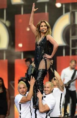 JLo works out in Swarovski suit? - Movie Balla | News Daily About Movie Balla | Scoop.it