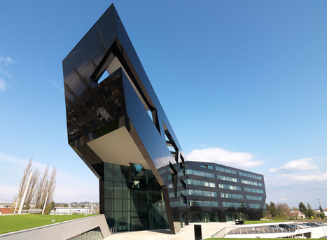 MP09 black panther / headquarters of uniopt pachleitner group | Art, Design & Technology | Scoop.it