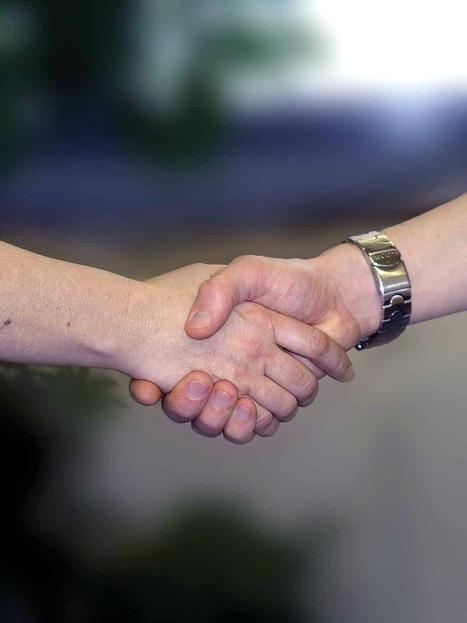 Envie de trouver un emploi ou stage dans l'associatif? Retrouvez les offres sur le site de France Générosités.   Associations - ESS - Participation citoyenne   Scoop.it