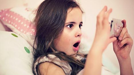 Demanda a sus padres para que retiren 500 fotos de cuando era pequeña. | Redes Sociales_aal66 | Scoop.it