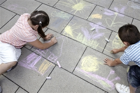 Chalk wars: Mom ticketed for child's chalk drawing in public park | Kevin and Taylor Potential News Stories | Scoop.it