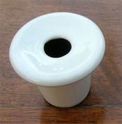 Le Blogue antiquités: Encrier en porcelaine blanche pour pupitre d'écolier   GenealoNet   Scoop.it