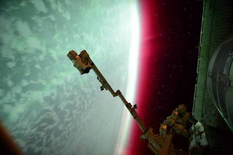 Lights of an Aurora From the International Space Station | Politically Incorrect | Scoop.it