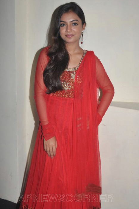 Actress Nazriya Nazim Cute Photos, Pics, Pictures, Images, Gallery | Gallery | Scoop.it