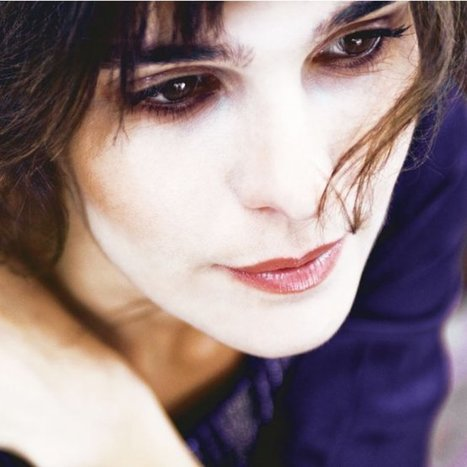 Prix Marie Claire du Roman Féminin: Claire Castillon gagne avec et contre«Eux» | Un outil pour les auteurs : les livres des autres | Scoop.it