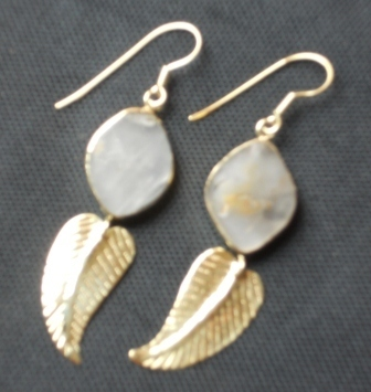 Fair trade Cambodia. Recycled Brass Bomb Shell Natural Earrings, ethically handmade by disadvantaged home based workers.   Recycled Bomb Casings & Bullet Shell Jewellery   Scoop.it
