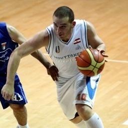 Com 32 cestas de três, jogador anota 113 pontos em jogo da liga libanesa de basquete | Rita Basquete | Scoop.it