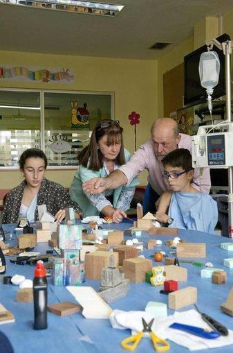 El arte es medicina para los niños - La Nueva España   Aulas Hospitalarias y TIC   Scoop.it