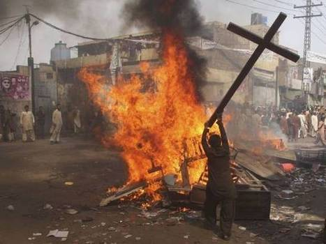 PAKISTAN Lahore: life of Christian pastor accused of blasphemy in danger - Asia News   Law and Religion   Scoop.it