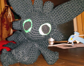 Random and Crafty: Behold: The Nightfury!   Sewing, Craft, Knitting, Jewelry, and Everything Else Handmade   Scoop.it