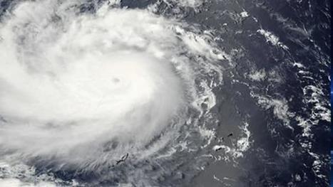 Typhoon closes in on Philippines; 300 evacuated | GarryRogers Biosphere News | Scoop.it
