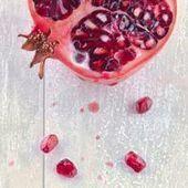 18 Sweet Pictures of Pomegranates | Un peu de tout et de rien ... | Scoop.it