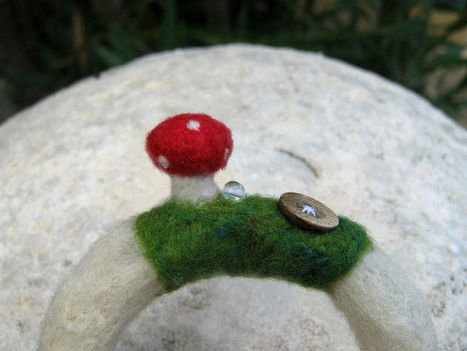 OOAK handmade jewellery, Needle felted toastool bangle bracelet, fairy, fantasy! | Needle felting art by Green Dot Creations' Studio! | Scoop.it