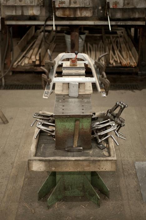 Tram Chair by Thomas Feichtner for TON » Yanko Design | L'Etablisienne, un atelier pour créer, fabriquer, rénover, personnaliser... | Scoop.it
