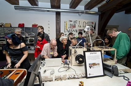 Fablabs or the citizen's influence in retail and industry   Peer2Politics   Scoop.it