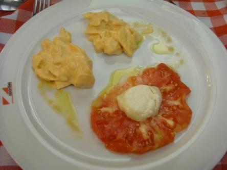 Presentación en Vitoria-Gasteiz del proyecto de recuperación de la raza autóctona de gallina rubia alavesa | All About Food | Scoop.it