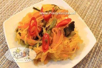 Achara or Atsara Recipe (Filipino pickled green papaya) | Delicious Filipino Foods | Scoop.it