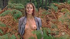 Joy Esther (Nos chers voisins) nue dans 'Paradis criminel' - photos | oulacaro | Scoop.it