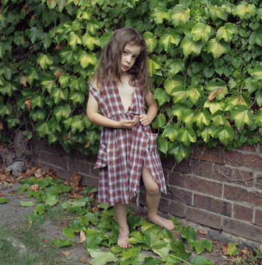 Polixeni Papapetrou // Works // Dreamchild 2003 | The Blog's Revue by OlivierSC | Scoop.it