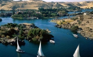 Egypt tourism to plunge in 2011, tourism industry supports 10% of active population | Égypt-actus | Scoop.it