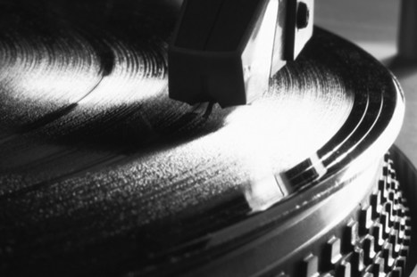 The IFPI's Recording Industry in Numbers report shows vinyl sales' best year since 1997 | The music industry in the digital context | Scoop.it