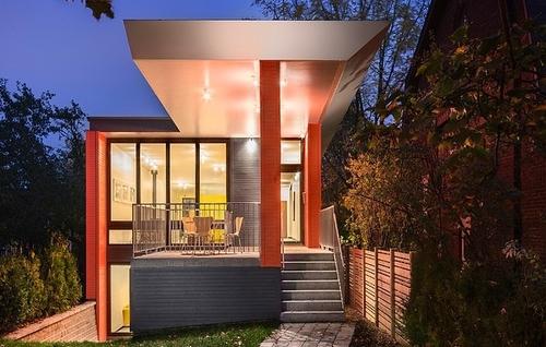 Maison urbaine contemporaine par kariouk associates for Maison moderne urbaine