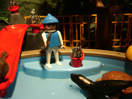coffre à jouets: Playmobil - Piscine avec toboggan   Enfants   Scoop.it