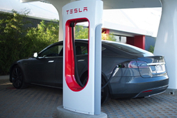Tesla's Rapidly Expanding Network of Charging Stations Form Unbroken Chain up the West Coast | Technoscience and the Future | Scoop.it