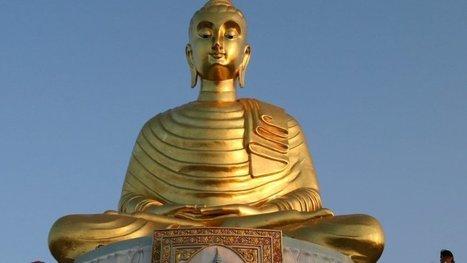 'De monnik aaide mij over m'n bol, dat kende ik niet' | NOS | Nieuws | Scoop.it