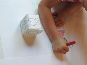 A sunny day drawing cube game in Pre-K | Learn through Play - pre-K | Scoop.it