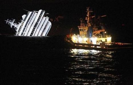 Cruise ship tragedy - The Costa Concordia - Italy | Photojournalism - Articles and videos | Scoop.it