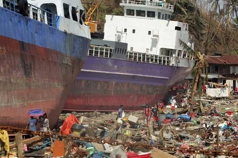 Typhoon Haiyan slams the Philippines | Risques et Catastrophes naturelles dans le monde | Scoop.it