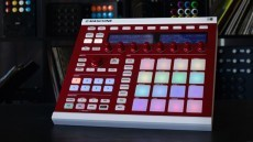 Review: Native Instruments Maschine Mk2 and Maschine 1.8 Update | Music Technology | Scoop.it