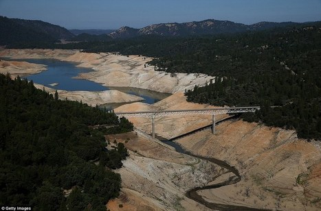 How serious is California drought? Check out these before and after pictures, taken only three years apart. - Imgur | Conservation GIS | Scoop.it