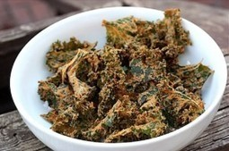 "Recipe Sharing: Spicy ""Cheesy"" Kale Chips, 100% Vegan! 