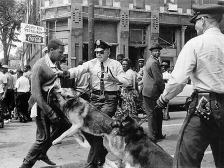 History: Birmingham police use dogs and firehoses - Jackson Clarion Ledger | Police Problems and Policy | Scoop.it