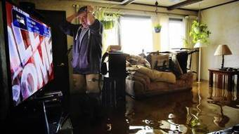 Floodwaters recede in some places but cleanup remains grim | Sustain Our Earth | Scoop.it