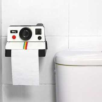 Portarollos de papel higiénico Cámara instantánea Polaroid. | Mil ideas de Decoración | Accesorios decoración | Scoop.it
