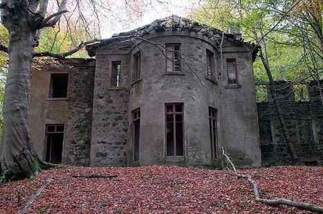 10 Abandoned Mansions and Houses Left to Decay | Urban Ghosts | Urban Exploration | Scoop.it