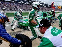 Pit-crew competition highlights NASCAR's grunt work - USA TODAY   Daily NASCAR News   Scoop.it