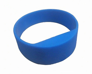 Passive UHF RFID wristband from The Tag Factory promises long read range when worn at user's wrist | RFID and NFC tags | Scoop.it