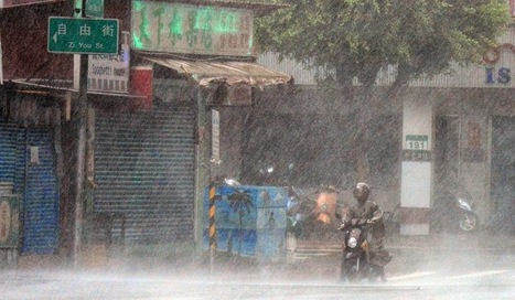Typhoon Matmo Slams Taiwan, China - Image Stock | imagebazarr.blogspot.com | Scoop.it