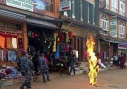 """Tibetan monk sets himself on fire in China 