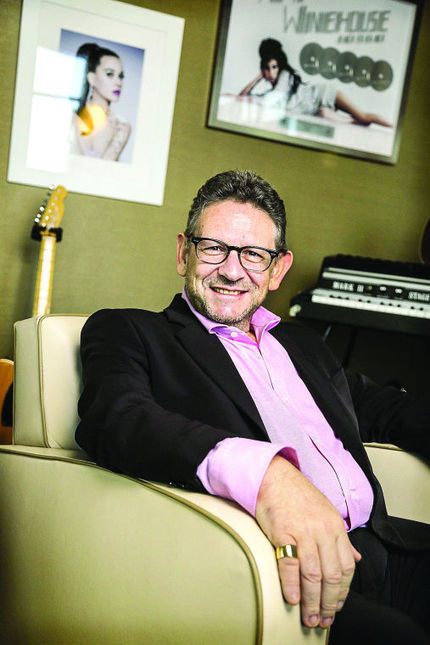 Music exec looking to boost industry - Leader-Telegram | Musicians Aren't Getting Paid Enough, The Industry is Failing and People Are Losing Hope. | Scoop.it
