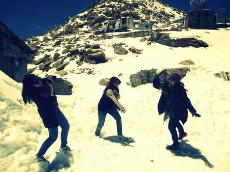 Snow Fight at our Ladakh Trip   Ladakh Adventure Trip June 2013   Scoop.it